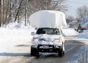 car with snow cap